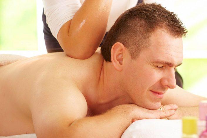 thaise schoudermassage